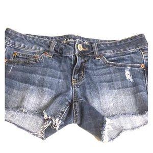 AMERICAN EAGLE Stretch Frayed Denim Jean Shorts